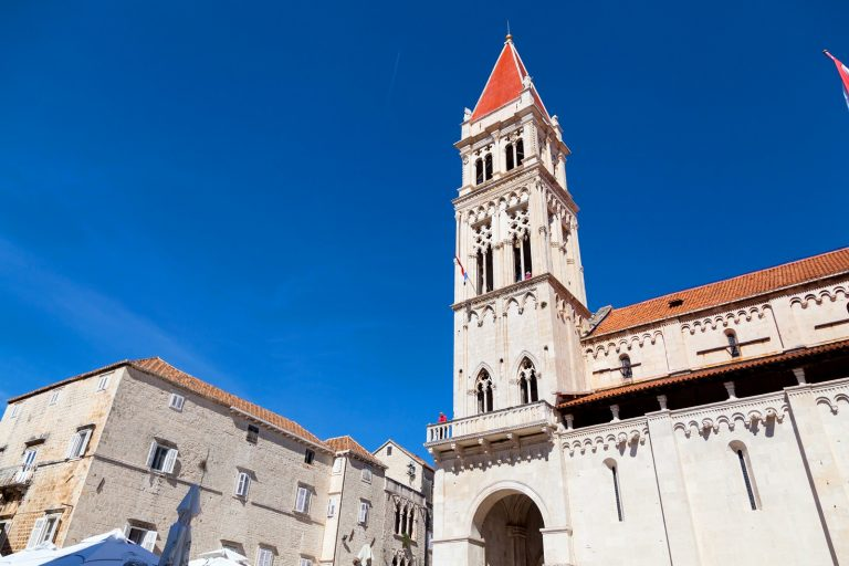 Visit the center of the old town of Trogir