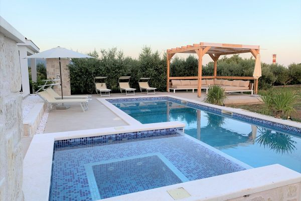 Swimming pool - Holiday home Trogir